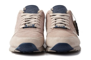 frank-the-butcher-x-reebok-30th-anniversary-classic-leather-2