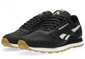 palace-reebok-palace-leather-black-4-900x631