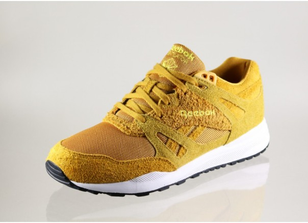 reebok-ventilator-blstc-(gold-yellow-black-white)-m40378 (1)