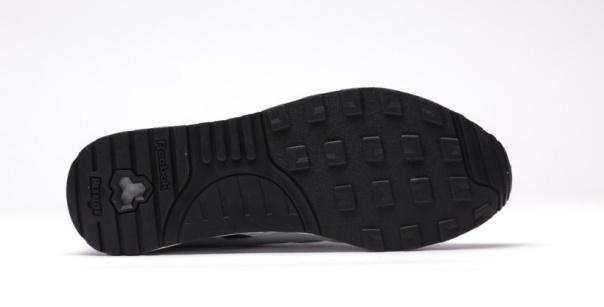 afew-store-sneaker-reebok-ventilator-adapt-gr-white-black-15