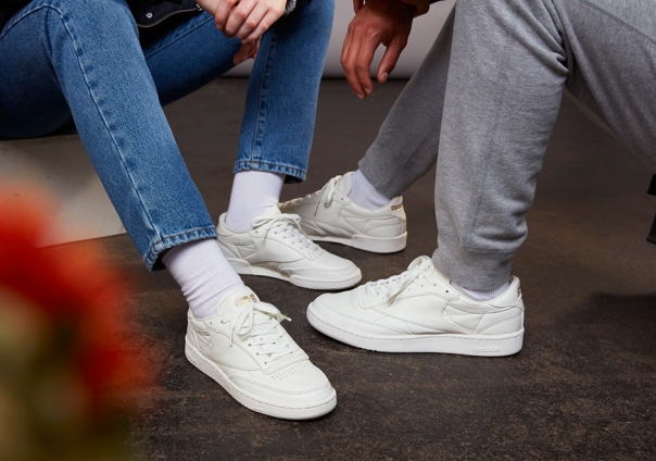 7c5404edbe7881 sns-reebok-club-c-white-leather-luxe-1